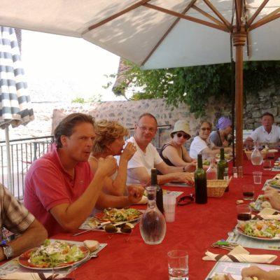 Gezellig samen eten in creatief centrum La Boissiere